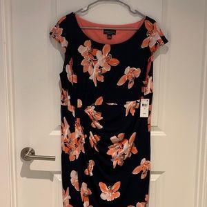 Dresses & Skirts - Floral Dress NWT, Never Worn